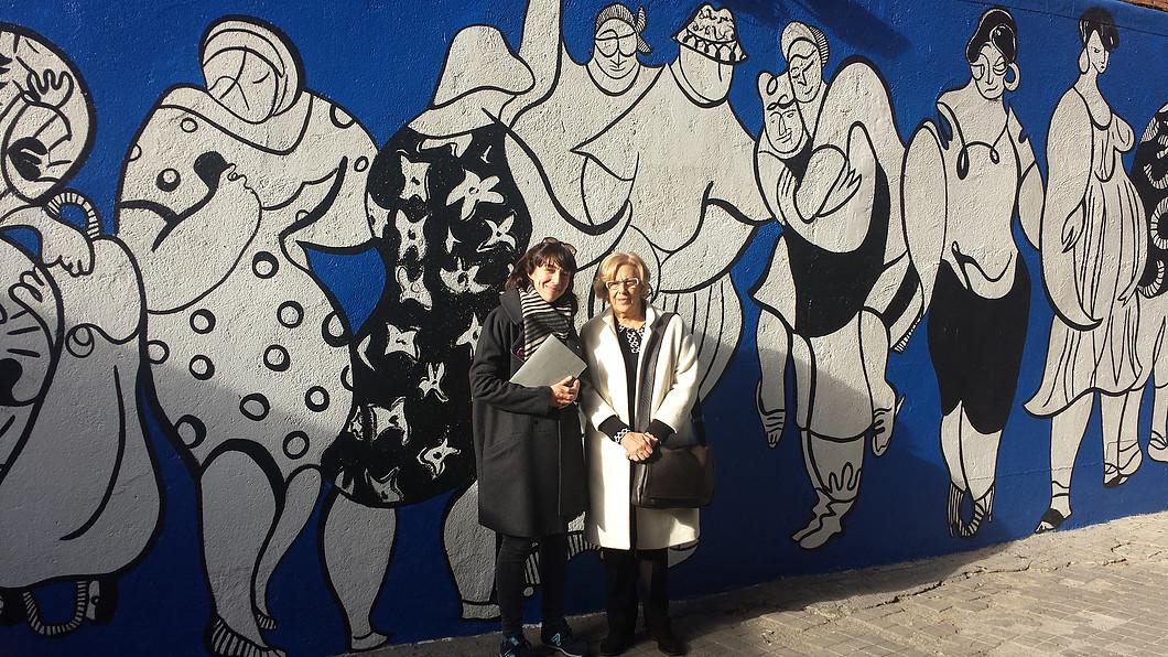 Manuela-Carmena-Andrea-Santamarina-MPDL-Movimiento-por-la-Paz-Mural-Peace-Drawings-Arte-Urbano-Madrid-Vallecas-11jpg
